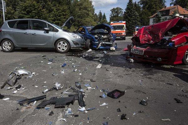 怎样写交通事故诉讼委托书